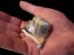 Cool science experiment includes gallium melting in the hand